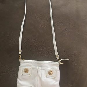 Authentic Marc Jacobs crossbody bag. Cream color